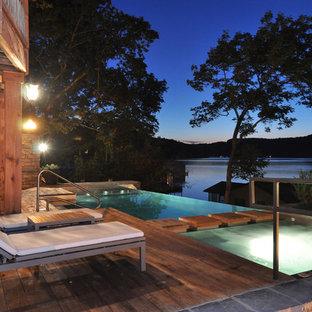 Modelo de piscina infinita, de estilo americano, a medida, en patio trasero