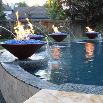 Custom Pools and Water Features