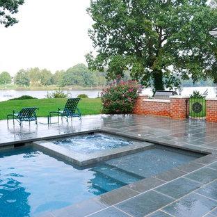 Foto di una piscina tradizionale