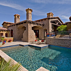 Traditional Pool by ArchitecTor, PC