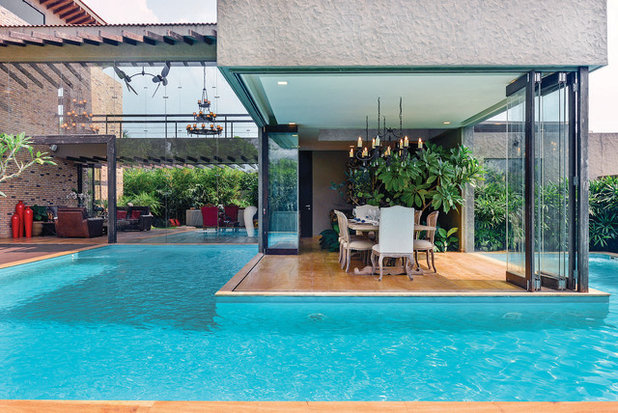 Contemporary Pool by Prachi Damle Photography