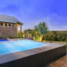 Contemporary Pool Draper