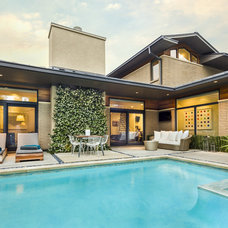 Contemporary Pool by John Lively & Associates