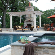 Traditional Pool by Plandscape, Inc.