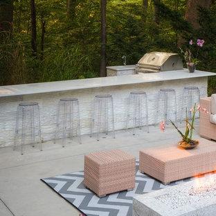 Elegant Modern Design in a Small Backyard