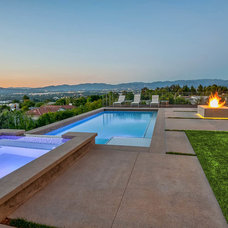 Contemporary Pool by P2 Design