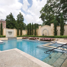 Traditional  by Ewing Aquatech Pools