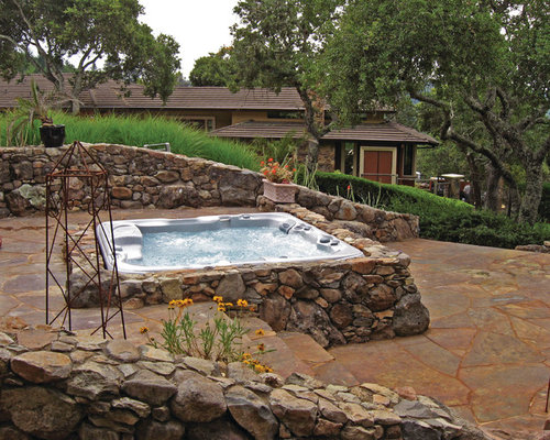Country outdoor design ideas renovations photos with a for Martin wade landscape architects
