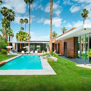 Exemple d'une piscine rétro.