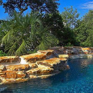 Fair Oaks Ranch, Texas Natural Pool, Spa, Pool House and Pool Deck
