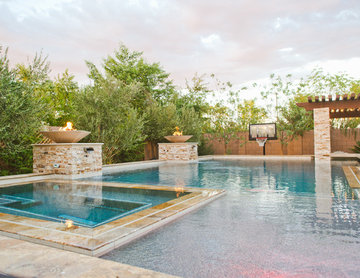 Family Outdoor Living & Swimming Pool Entertainment