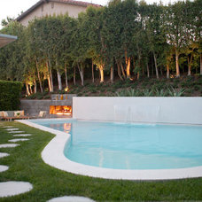 Modern Pool by Markus Canter (FCB:Design)
