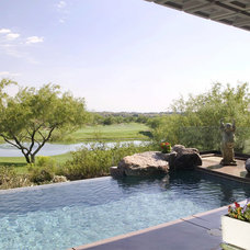 Asian Pool by Robinette Architects, Inc.