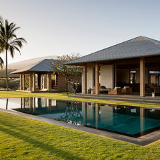 Tropical Pool by ZAK Architecture