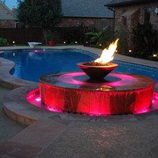 Modern Pool by J. Allen Designs