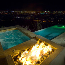 Contemporary Pool by Desert Star Construction