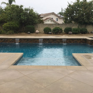 Flores residence. Spa spillway & pour & place coping.