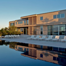 Contemporary Pool by LaGuardia Design Landscape Architecture P.C.