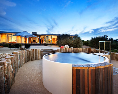 Split level garden home design ideas renovations photos for Small swimming pools melbourne