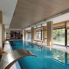 Contemporary Pool by Roman Leonidov