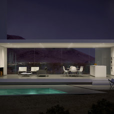 Modern Pool by Edward Ogosta Architecture