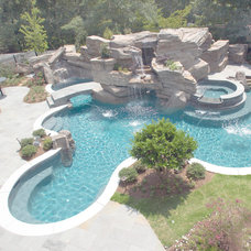 Contemporary Pool by Artistic Pool Inc.
