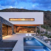 Houzz Tour: Modern Texas Home Embraces a Local Tradition
