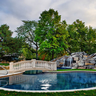 Pool - traditional pool idea in Chicago