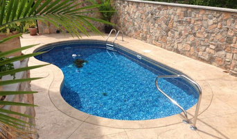 Best 15 Swimming Pool Contractors in New York, NY | Houzz