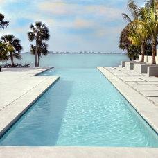 Modern Pool by Halflants + Pichette