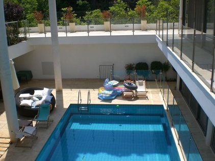 Contemporary Pool by Dan and Hila Israelevitz- Architects