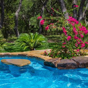 Idee per una piscina naturale tropicale