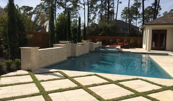Geometric Pool with Raised Beam Wall with Water Bowls