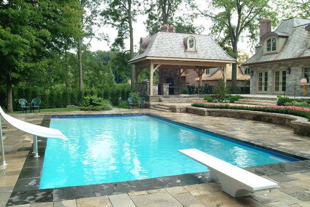Fancy Traditional Pool by Gib San Pool u Landscape Creations