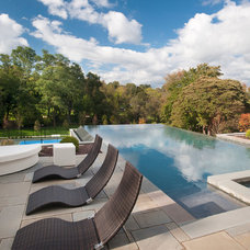 Contemporary Pool by Swerdloff Properties Inc.