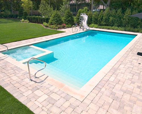 Foto e idee per piscine piccola piscina con un acquascivolo for Demaria landtech