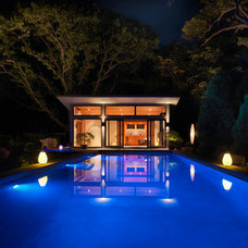 Contemporary Pool by ZEN Associates, Inc.