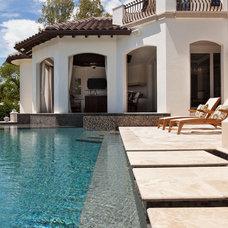 Mediterranean Pool by BCB Homes, Inc.