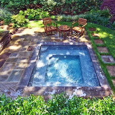 Traditional Pool by Suffolk Elite Marble Dust & Construction LLC