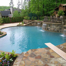 Traditional Pool by Legacy Landscapes, Inc.
