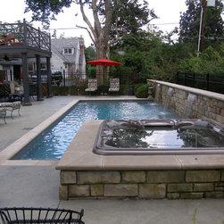 Louisville acrylic hot tub pool design ideas pictures for Pool design louisville ky