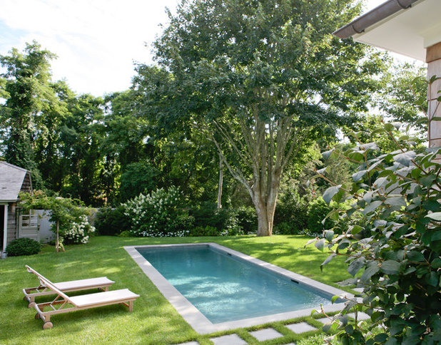 Traditional Pool by Wettling Architects