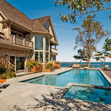 Traditional Pool by David Howell Design