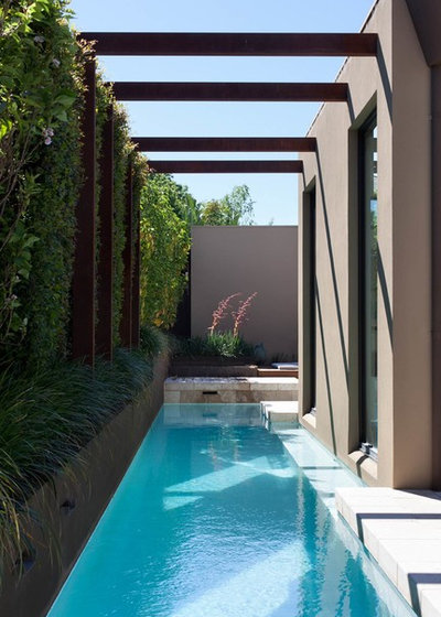 Contemporary Swimming Pool by Jane Riddell Architects