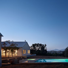 Farmhouse Pool by Nick Noyes Architecture