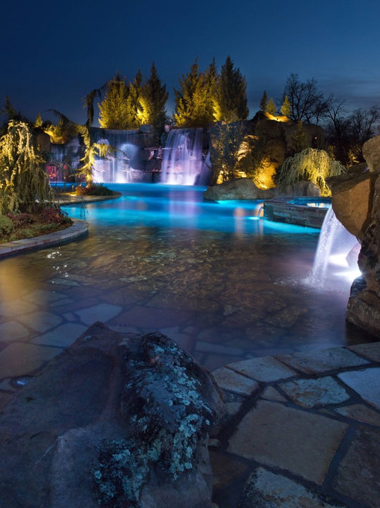 Hgtv S Cool Pools Scuba Pool Grotto Lazy River Waterfalls