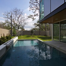 Contemporary Pool by M+A Architecture Studio