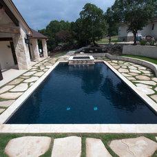 Traditional Pool by Blue Haven pools & Spas - San Antonio