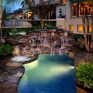 Tropenstil Pool in Los Angeles