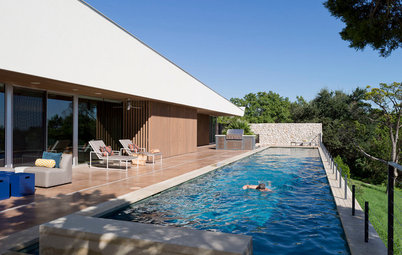 Houzz Tour: Texas Home With a Lap Pool Ideal for 2 Triathletes